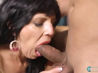 mature Horny Cougar Raven Flight 58 Years old Anal Creampie 1080p anal video
