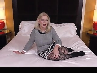 mature Rich GILF Fucking granny video