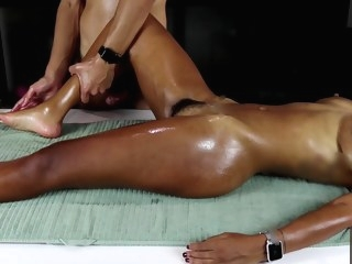 ebony MissFluo Receive Massage With Masturbation To Orgasm A15 massage video