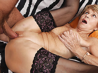 amateur 75 year old mom loves toyboy mature video
