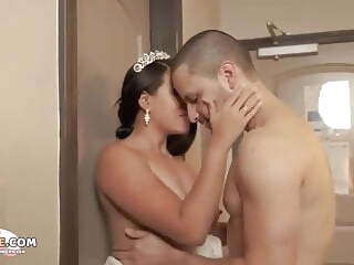 amateur Thing embrace Me Before He Marries Me - Pettifoggery Fit together cumshot video